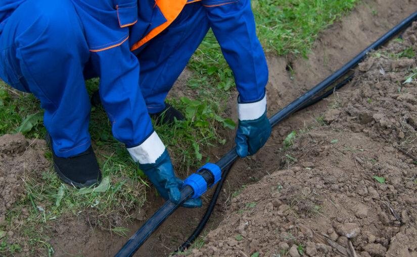 Korrekte Erdkabel Verlegung – Erdkabel im Boden richtig verlegen für die Stromversorgung im Außenbereich