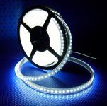 LED Streifen weiß 5 m 600 SMD im Schlauch kaltweiß
