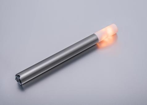 LED Fackel kleine Flamme Länge 430 mm silberner Schaft
