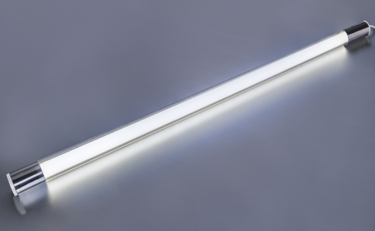 LED Leuchtstab kaltweiß 10 Watt 950 Lumen 63cm mit Schnurschalter IP20