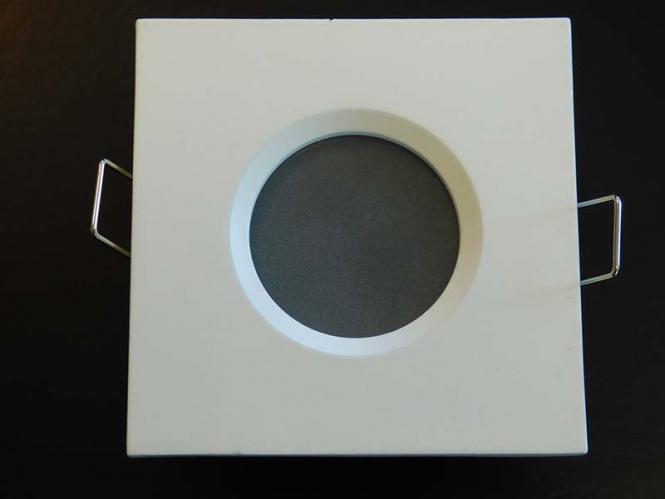feuchtraum einbaustrahler eckig wei leuchten und lampen einbaustrahler led. Black Bedroom Furniture Sets. Home Design Ideas