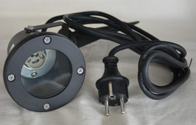 gartenleuchte schwarz mit erdspie schukokabel gu10 sockel leuchten und lampen au enleuchten. Black Bedroom Furniture Sets. Home Design Ideas