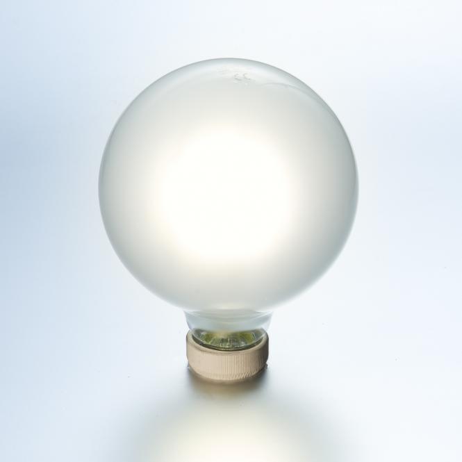 led globe gl hlampe dimmbar 10 watt matt 125 mm e27 1500. Black Bedroom Furniture Sets. Home Design Ideas