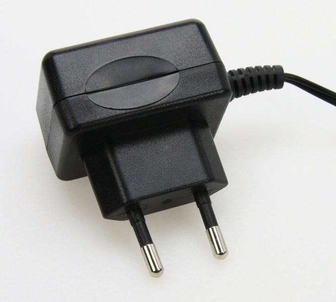 trafo f r unterbauleuchten 24 volt 18 watt leuchten und lampen innenleuchten. Black Bedroom Furniture Sets. Home Design Ideas