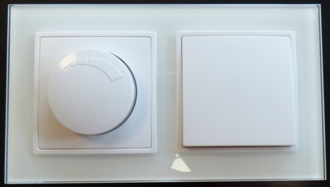 abelka nuovo 2er rahmen 1x wechsel schalter 1x led dimmer wei schalter glas. Black Bedroom Furniture Sets. Home Design Ideas