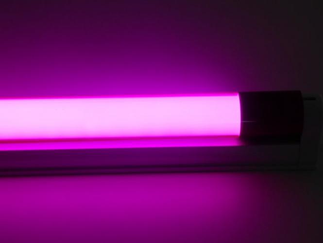 led armatur mit 1 20 m farbige led r hre 18 watt 1800 lumen violett leuchten und lampen. Black Bedroom Furniture Sets. Home Design Ideas
