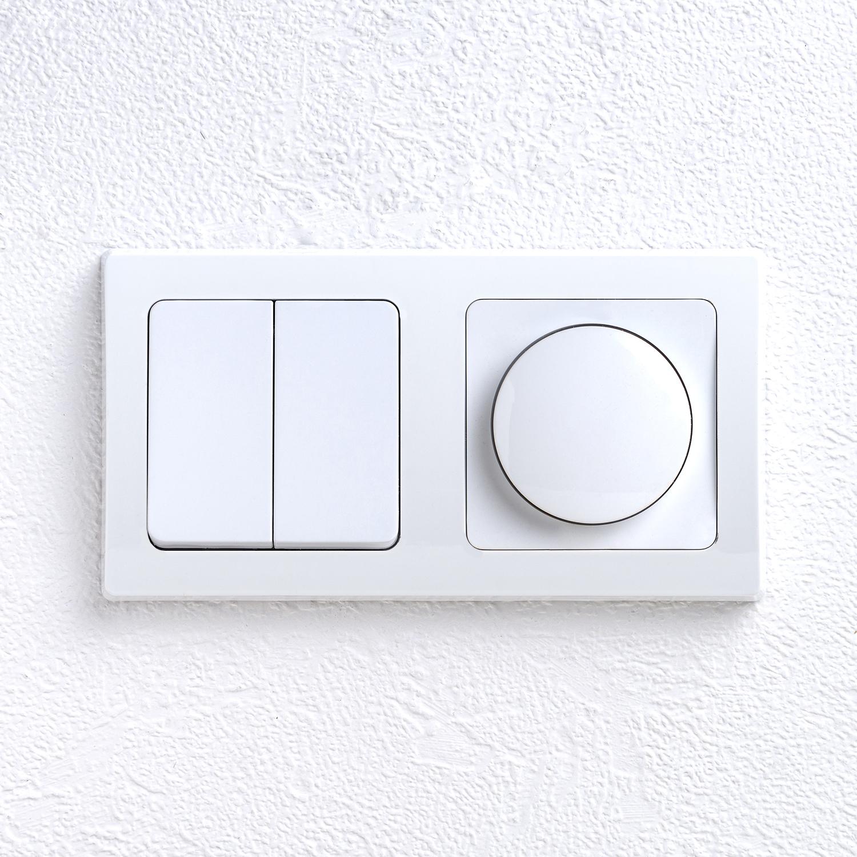 Sehr Delphi LED Dimmer mit Druck-Schalter und zusätzlichem 2-fach CH61