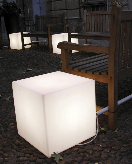 Leuchtw rfel cubo 500 au en innen e27 230 v leuchten for Lampen 500 lux